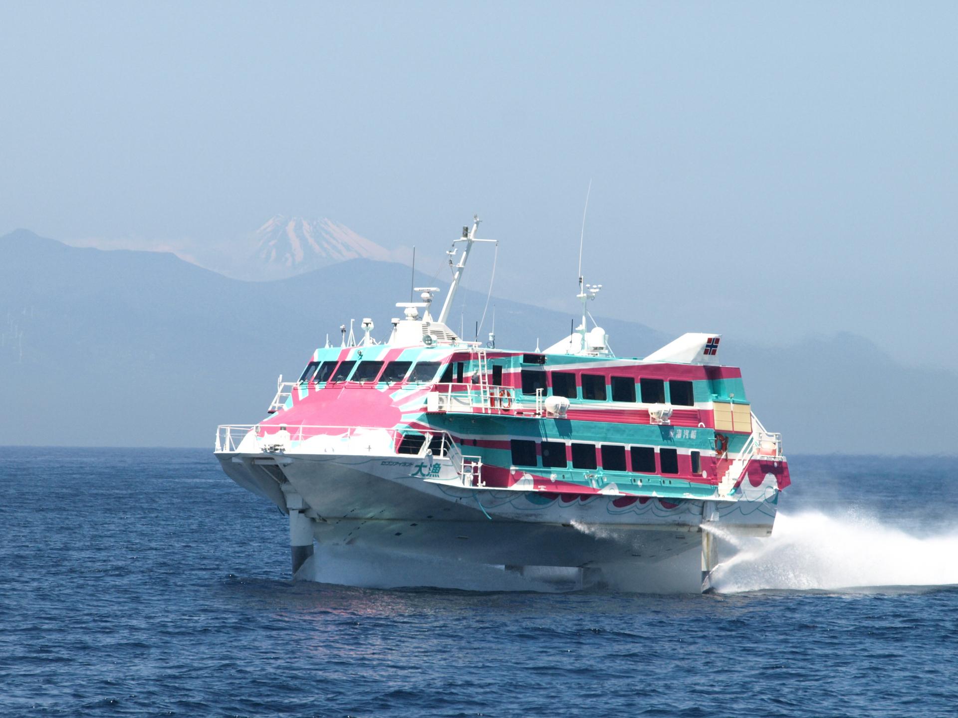 江の島から行く!大島・新島・神津島!