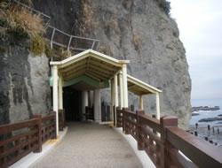 江の島岩屋入口